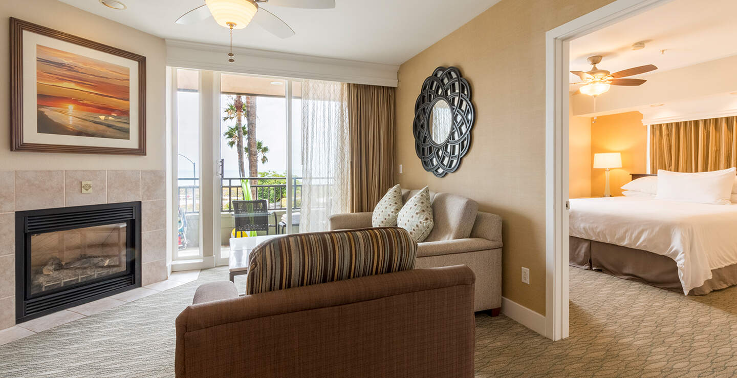 EXPERIENCE RESORT ACCOMMODATIONS AT THEIR FINEST IN CARLSBAD, CALIFORNIA
